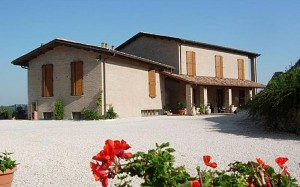 country house colleverde - urbino