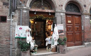 Das Andere Tea and Chocolate Shop - Urbino Italy
